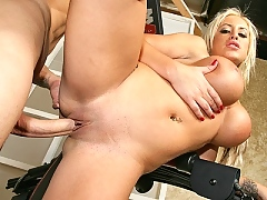 Savannah Gold gets her pussy nailed hard by a huge cock